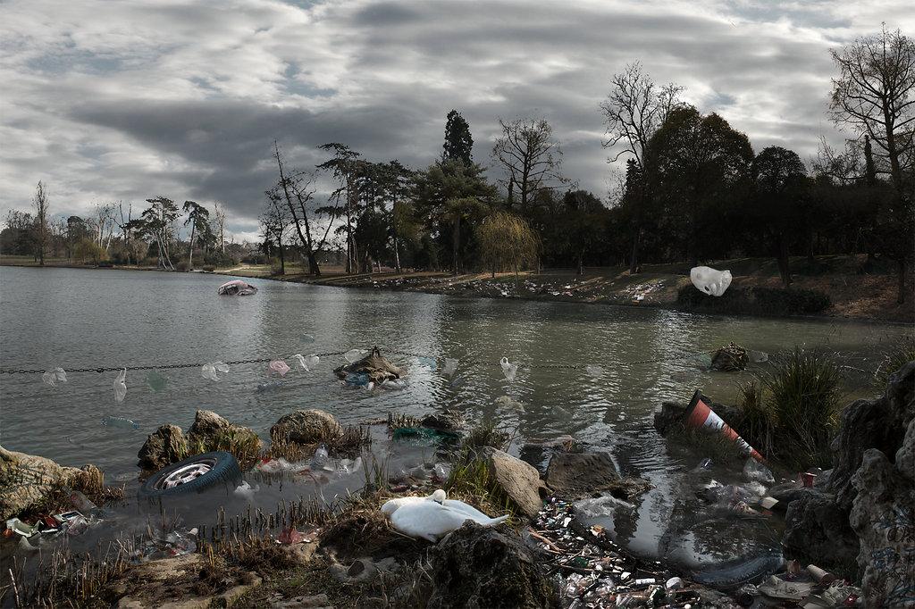 Vision négative : Le lac des sacs